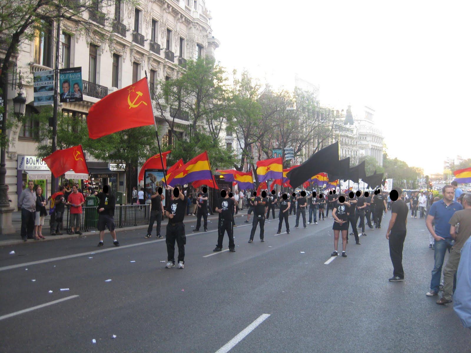 Fotos y comunicado del desfile en honor al maquis en la manifestación por la III Republica en Madrid 14/04/11 2