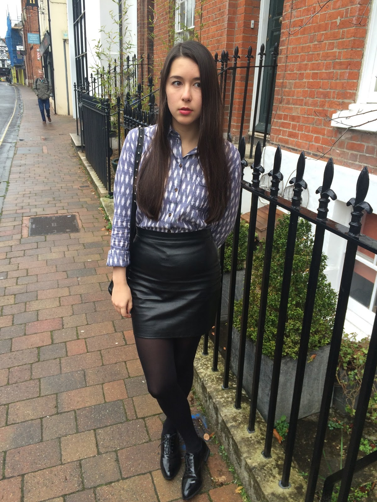 Cocoon Coat, Patterned Shirt & Leather | Girl from North London
