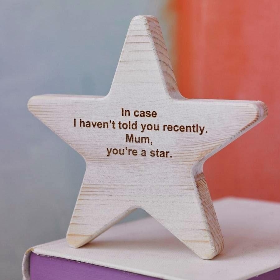 Estrella de madera con mensaje personalizado