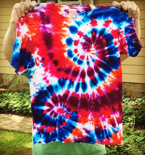 dishfunctional designs how to create awesome tie dye t shirts. Black Bedroom Furniture Sets. Home Design Ideas