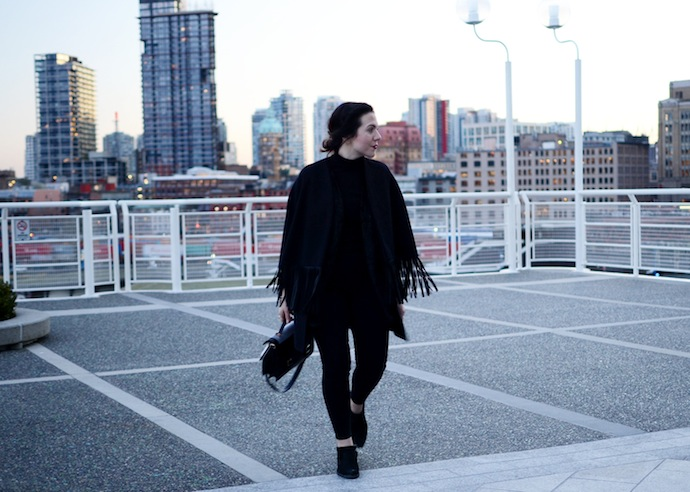 BCBGMAXAZRIA fringe cape coat blogger Le Chateau turtleneck Loeffler Randall Rider bag shearling Vancouver fashion blogger