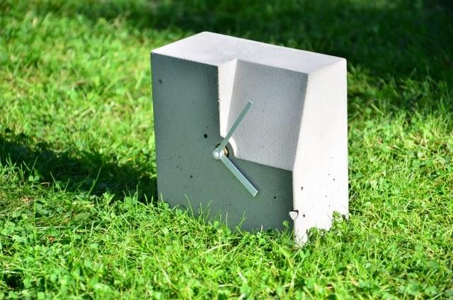 Zegar betonowy Niczego Sobie: dobry projekt, nowoczesny dizajn, produkt polski