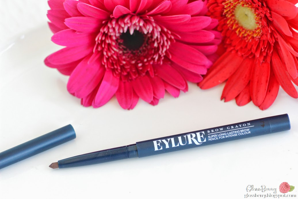 Eyelure  Eylure Defining  and Shading Brow Crayon  review swatch 20 mid brown עפרון גבות מומלץ