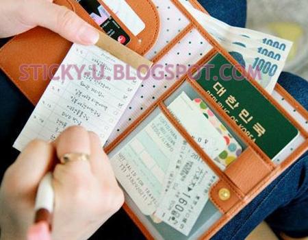 017: Janice's Passport Case/Multi Function Diary