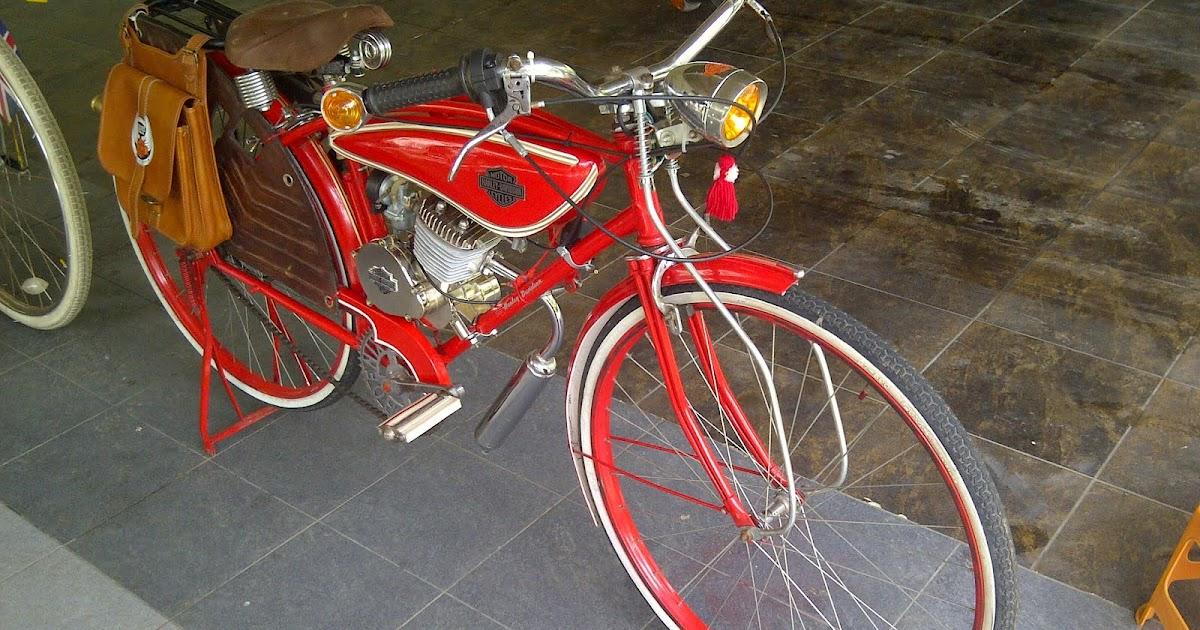 baranghobi: Sepeda Bermesin Stempel Merk Harley Davidson