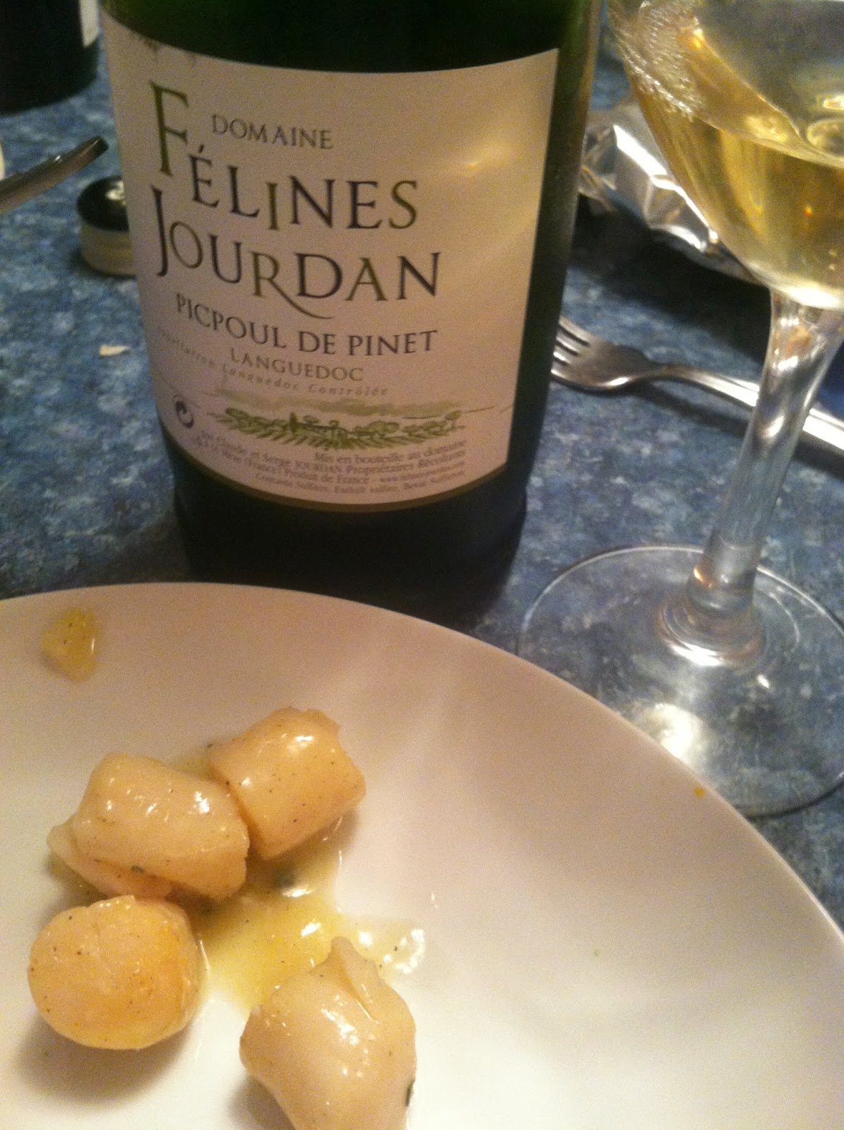 Picpoul de Pinet pairs with scallops. #wine