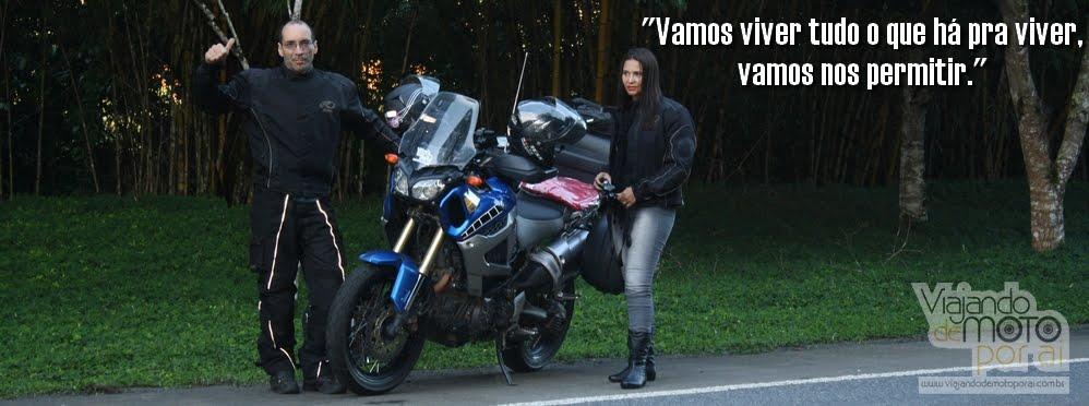 Viajando de Moto Por Aí