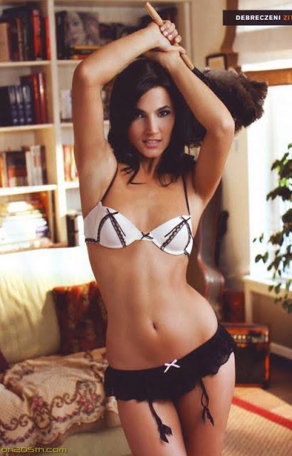 Debreczeni Zita sexy in lingerie