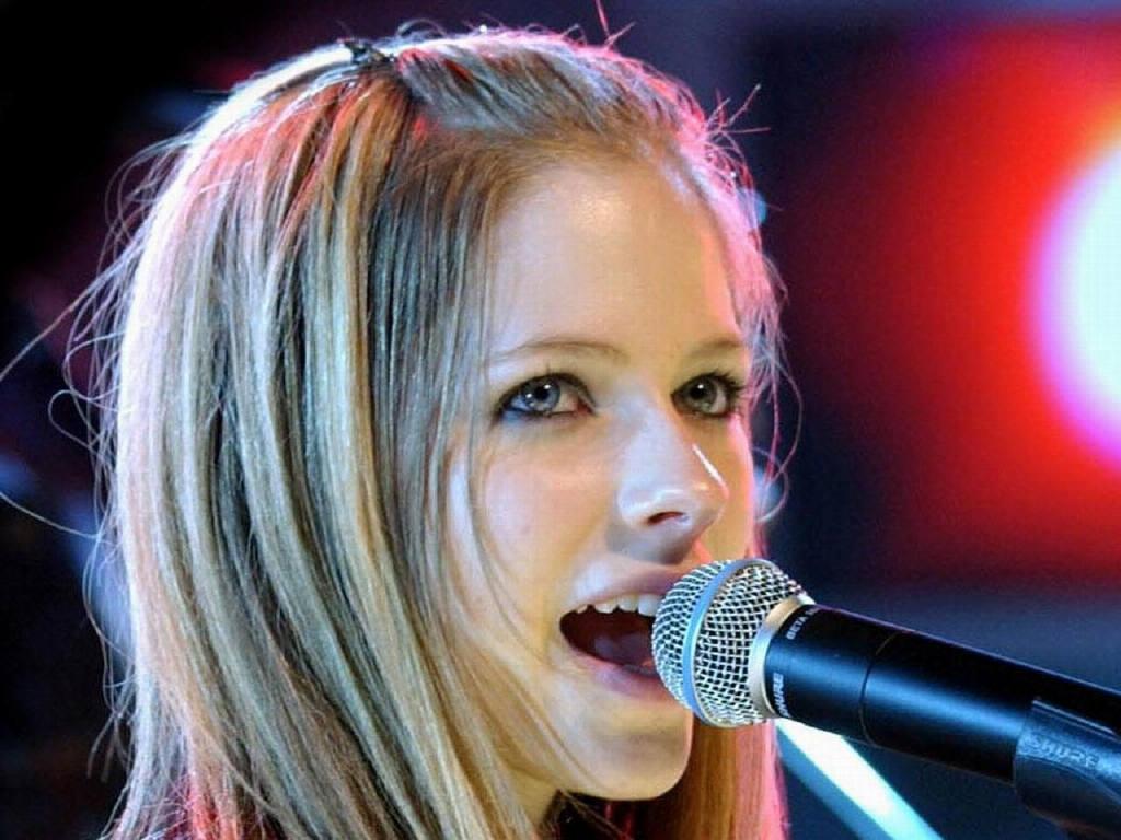 Avril Lavigne ProfileAvril Lavigne