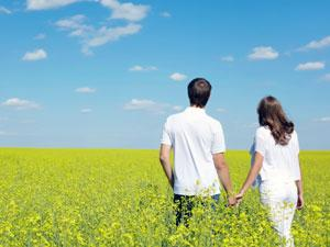 How To Start Fresh In Love? - two lovers at nature