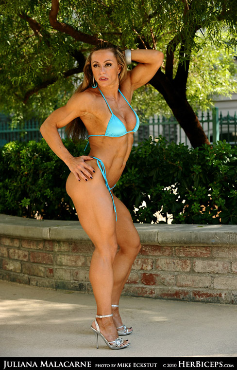 Juliana Malacarne Female Muscle Bodybuilding Blog Figure Fitness