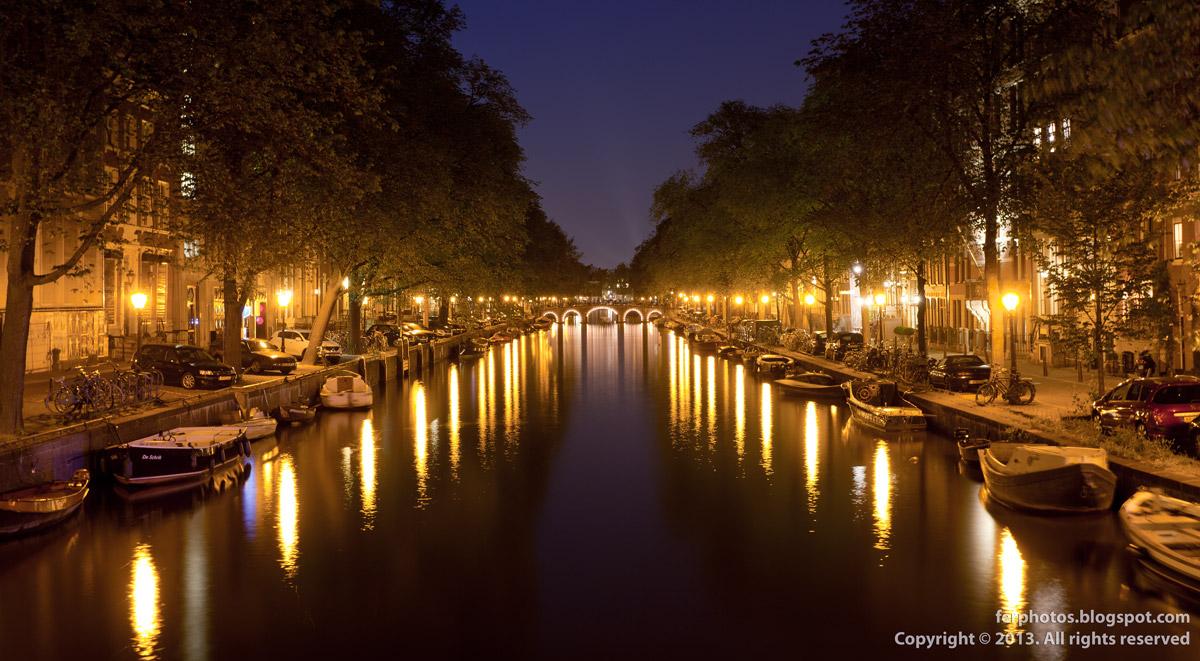 Amsterdam channels bridges Herengracht Jordaan by night city lights