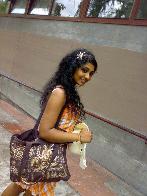 lanka dating sites Loveawakecom is a 100% free sri lankan dating site where you can make friends or find true love online join our community and meet thousands of lonely hearts from various parts of sri lanka.
