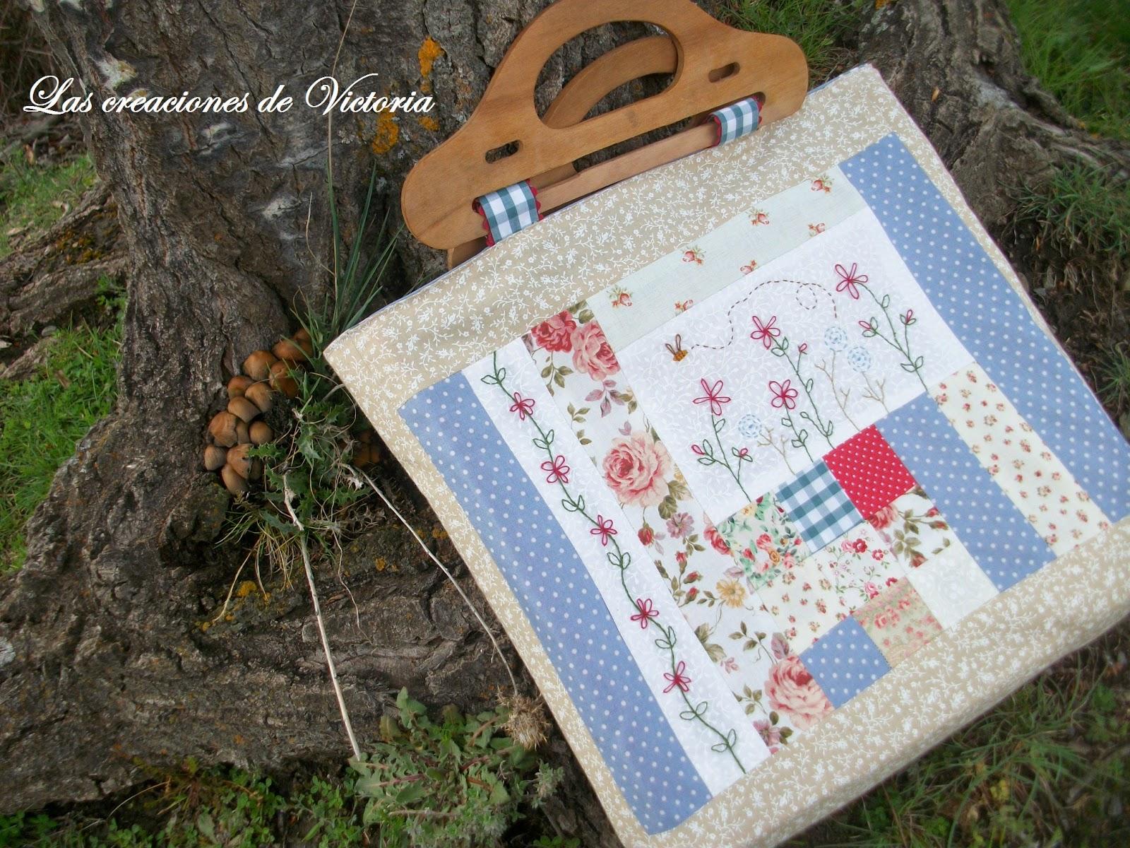 Las creaciones de Victoria.Bolso patchwork. Costura.