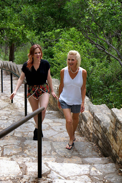 MT. BONNELL, AUSTIN TEXAS, 100 STEPS