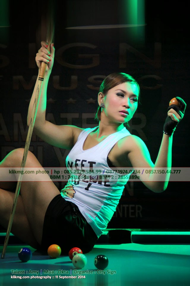 Gadis Bilyard yang Semok & Super Seksi - Ladies Nine Ball Sexy Hunt @ Nine Ball Billiard Center - Foto oleh Klikmg Fotografer Purwokerto || Judul Foto : Gadis Bilyard yang Semok & Super Seksi - Ladies Nine Ball Sexy Hunt @ Nine Ball Billiard Center || Kategori Foto : Modeling Glamour || Tanggal Pemotretan : Kamis, 11 September 2014 || Fotografer : klikmg 01 || Lokasi Pemotretan : Nine Ball Billiard Center Purwokerto || Edited by : klikmg 01 || Jumlah Foto yang di publish :09