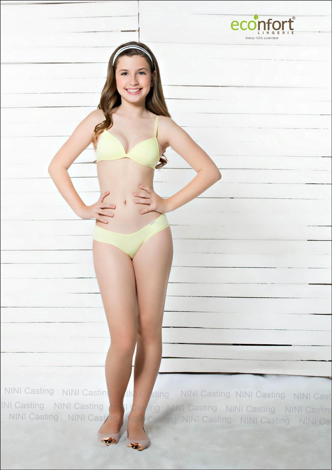 Modèle de lingerie sexy teen euro