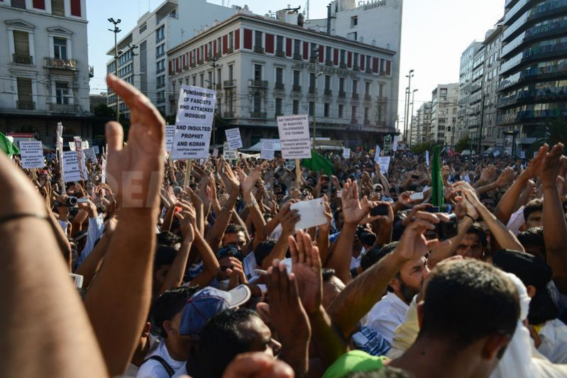 immigration racism and greece We examine how people in greece, greek majority and immigrants, formulate  admissions of racism in interviews on migration and citizenship.