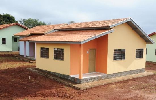 fachadas de casas populares On casa popular