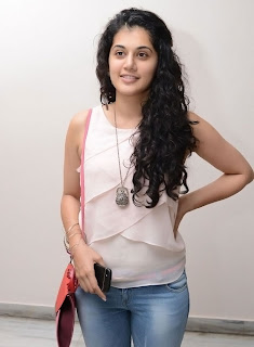 Actress Tapsee Pannu Latest Pictures 013.jpg