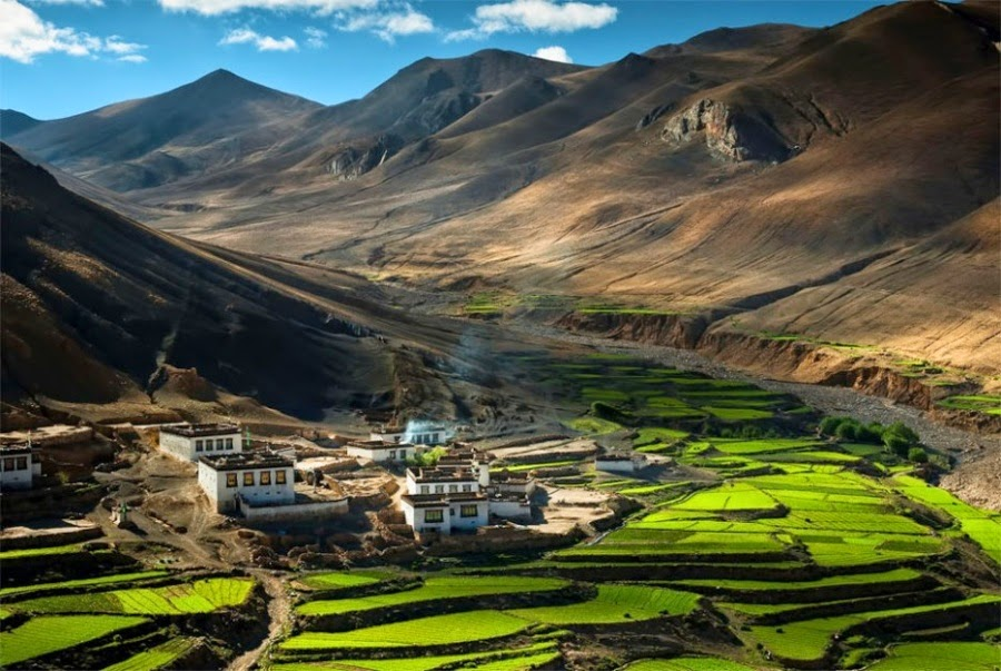 Settlement in the Himalayas, Tibet