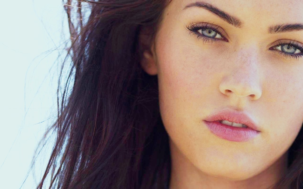 Cukei Team: POLEMICA MEGAN FOX