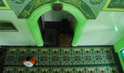 Jendela Islam : Alhamdulillah, Sma Katolik Di Kanada Bangun Mushala [ www.BlogApaAja.com ]