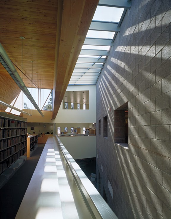 Biblioteca p blica de mesa mesa public library for Mesa biblioteca