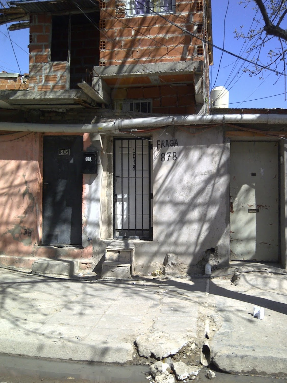 http://3.bp.blogspot.com/-dktBrN619yM/TnIjGeuK9ZI/AAAAAAAAAVI/KWUYydw4oeg/s1600/Villa+Fraga.jpg