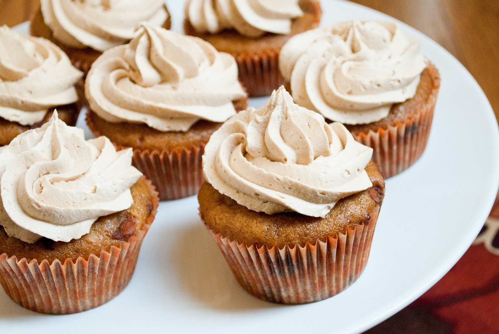 Ryan Bakes: Pumpkin Cinnamon Chip Cupcakes with Biscoff Buttercream