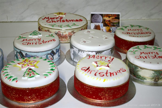Christmas cakes© Annie Japaud 2013, Yew tree bakery, photography, Christmas baking