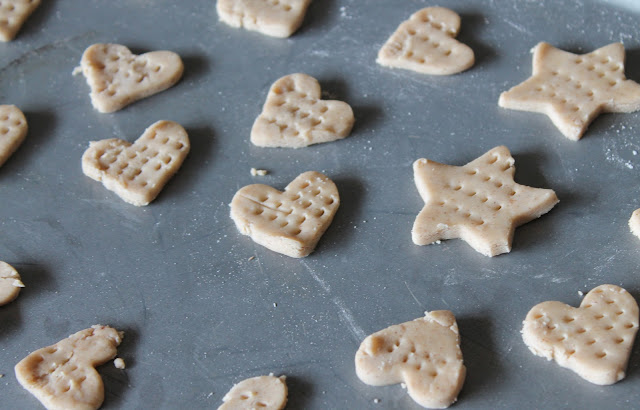 homemade mini graham crackers