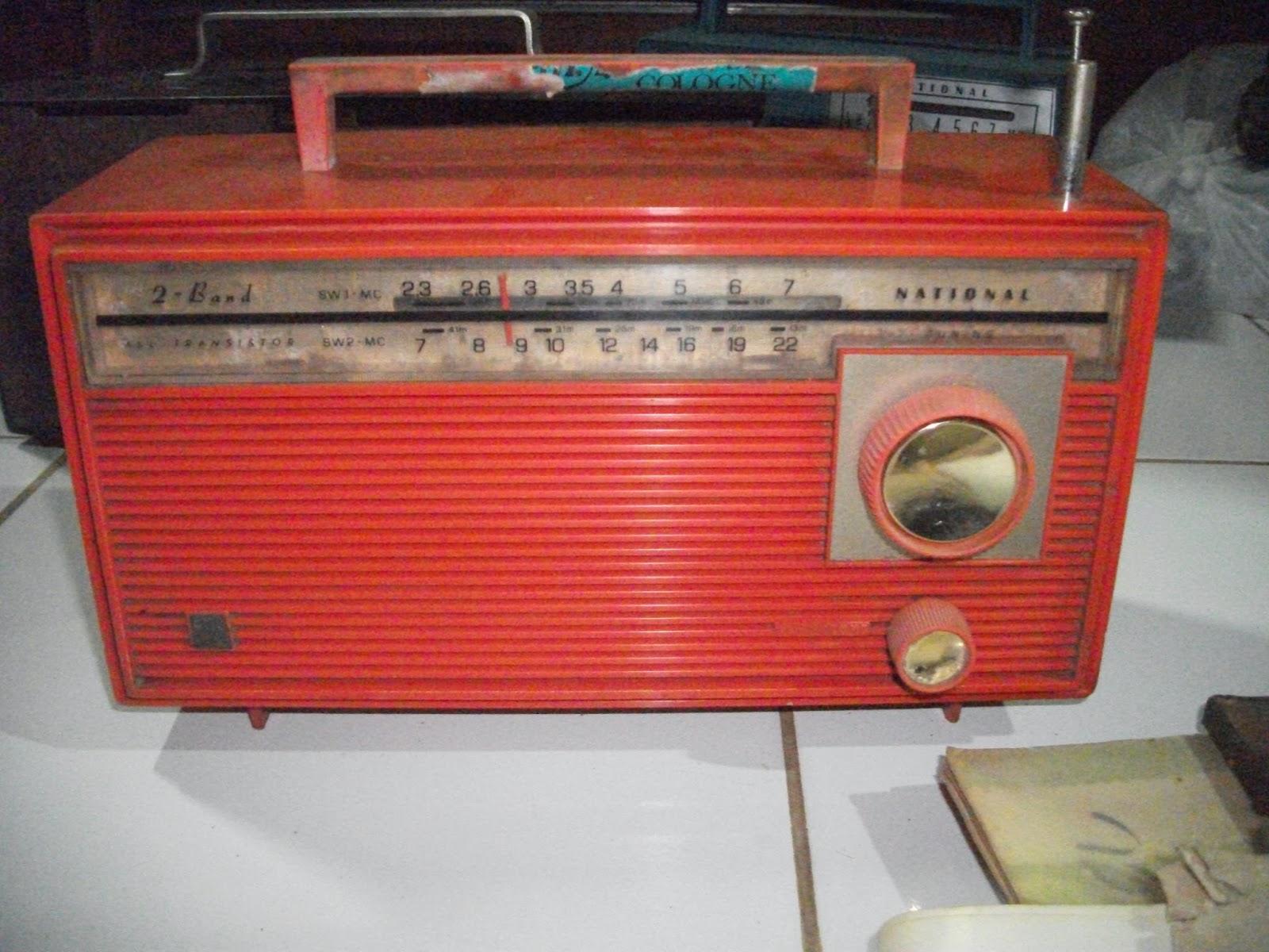 Koleksi Antik Anggoro Solo Radio National Box Hijau