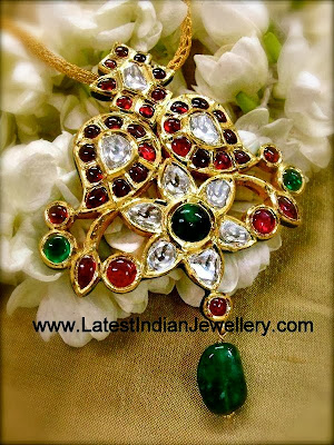 Traditional Uncut Diamond Pendant