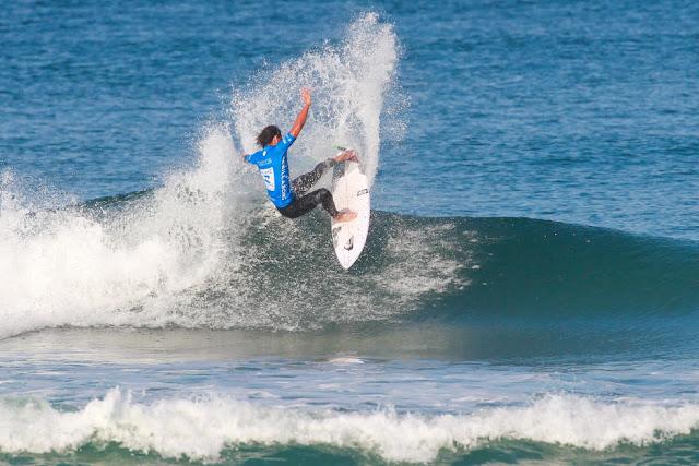 7 Connor O Leary AUS 2015 Allianz Billabong Pro Cascais Foto WSL Laurent Masurel