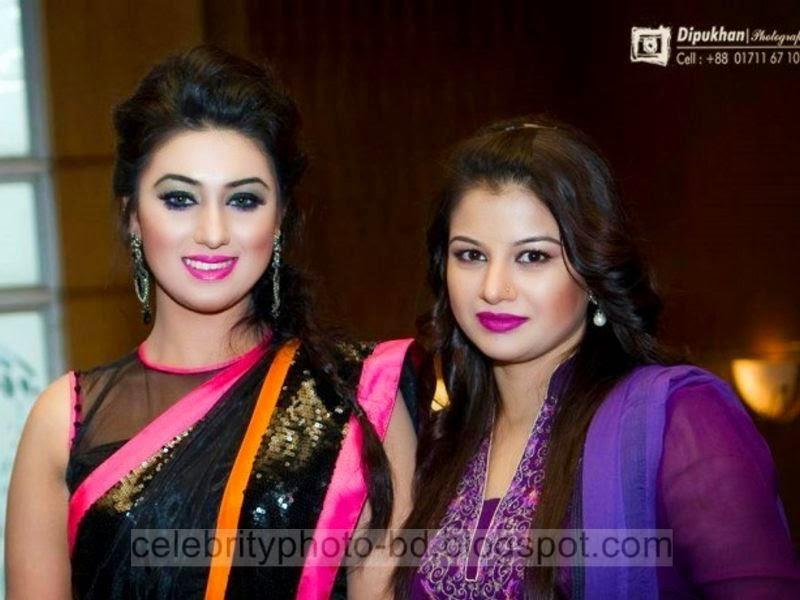 Most+Popular+Female+Bangladeshi+News+Presenter+Farhana+Nisho's+New+Hot+Photos+Collection006