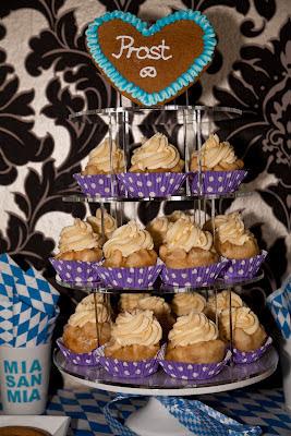 rezept f r apfelstrudel cupcakes mit vanillepuddingcreme. Black Bedroom Furniture Sets. Home Design Ideas