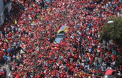 cortejo fúnebre Hugo Chávez