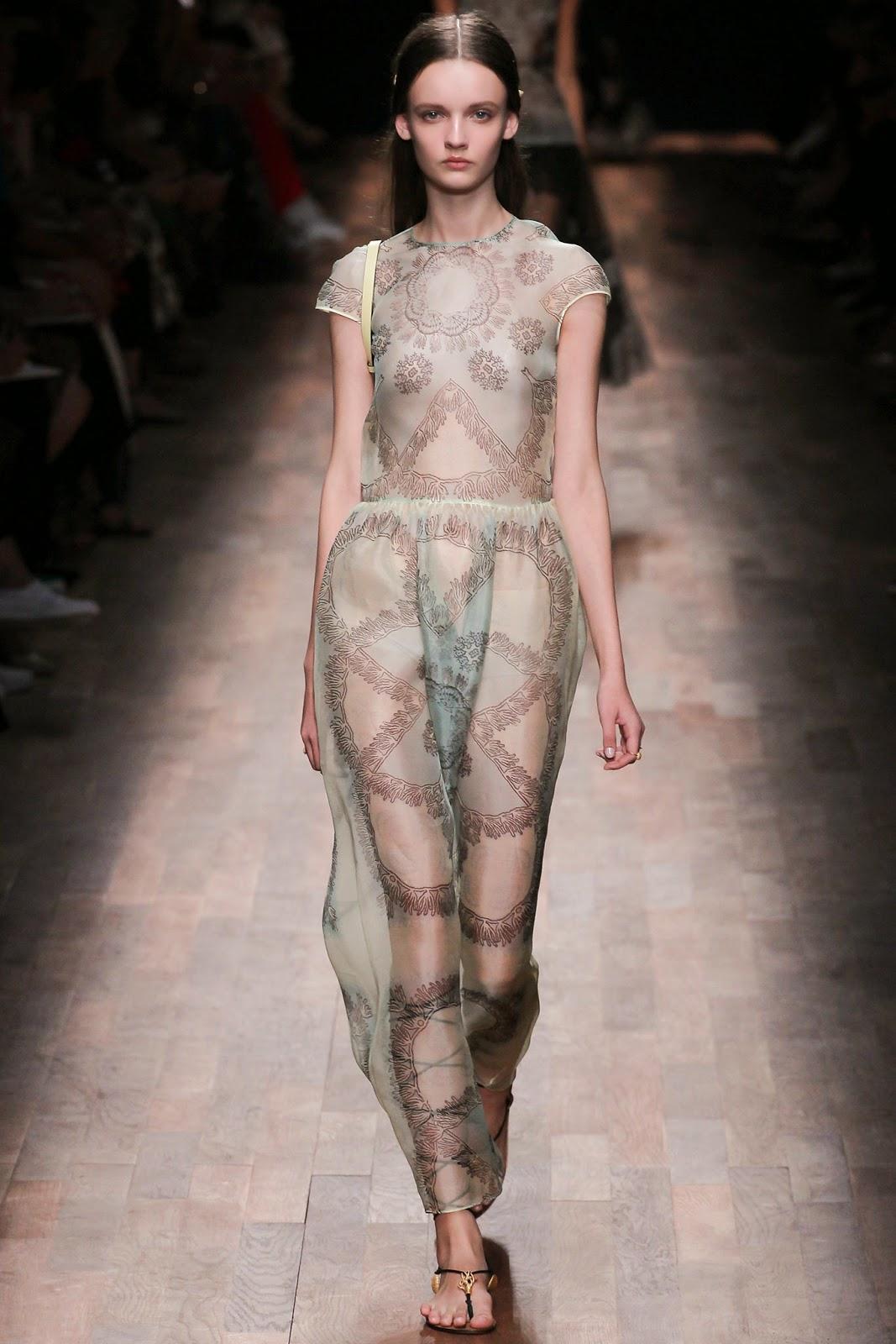 valentino 2015 summer 2016 trend women dress72 Valentino 2015 samling, våren sommaren 2016 Valentino klänning modeller, Valentino kväll klänning nya säsongen kvinnors kjolar modeller