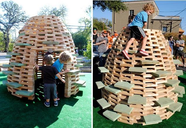World 39 s children diy playground 2 39 playhive 39 playhouse for Diy backyard playground