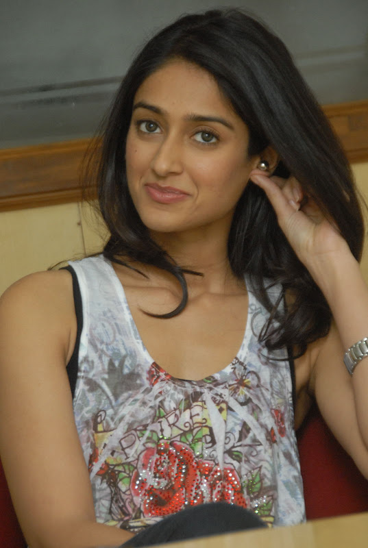 Ileana Latest Cute Pictures Photoshoot images
