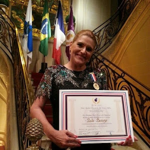 """PAULA BARROZO - PREMIADA pela """"Divine Academie Française des Arts, Lettres et Culture"""""""