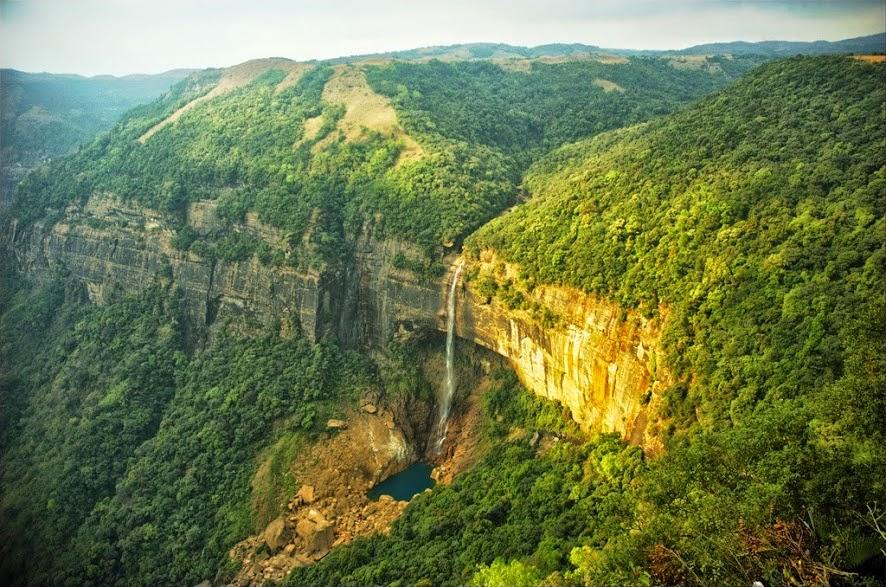 The most beautiful photos of Nohkalikai Falls - India