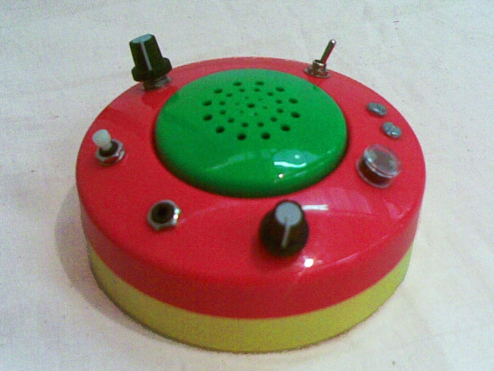 UFO chant box