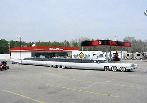 World's Longest Car, World's Longest Car photo, World's Longest Car picture, 2011 World's Longest Car, Longest limousine car picture, Longest limousine car price, Longest limousine car color, 2011 Longest Car n the world, Longest Car guinness world record, current Longest Car, recent Longest Car