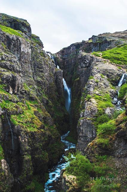 Najwyższy wodospad na Islandii Glymur