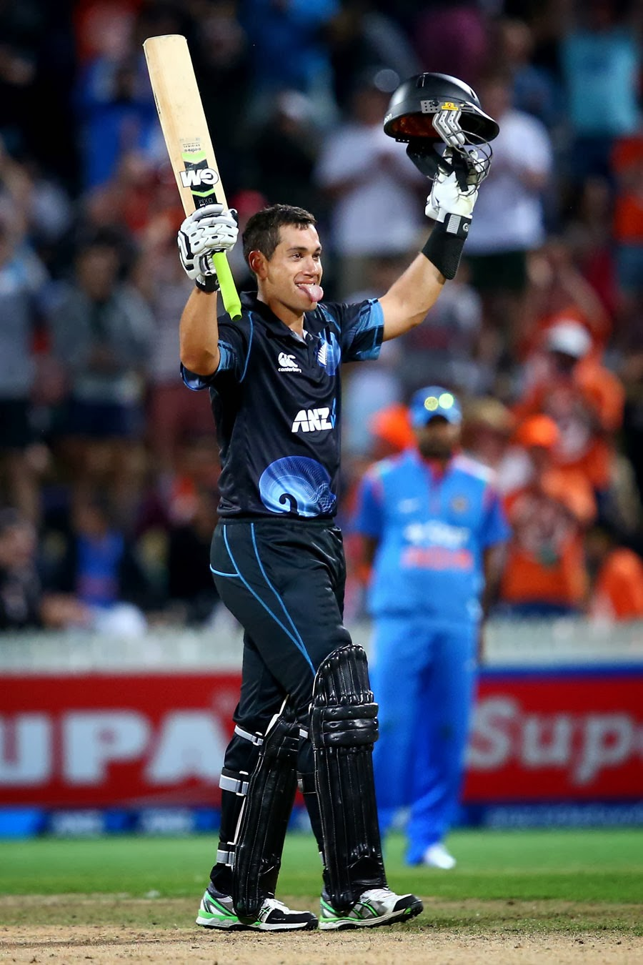 Ross-Taylor-New-Zealand-vs-India-4th-ODI-2014