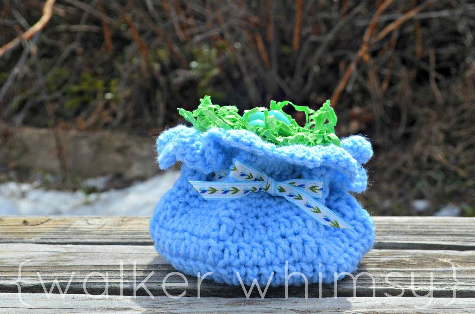 {walker whimsy}: Easy Crochet Drawstring Bag {POTM}