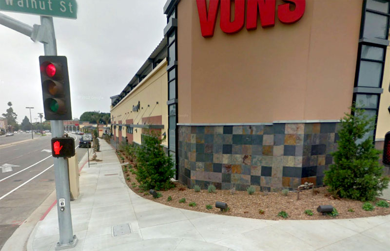 Vons Supermarket Pasadena CA corner of Sierra Madre and Walnut