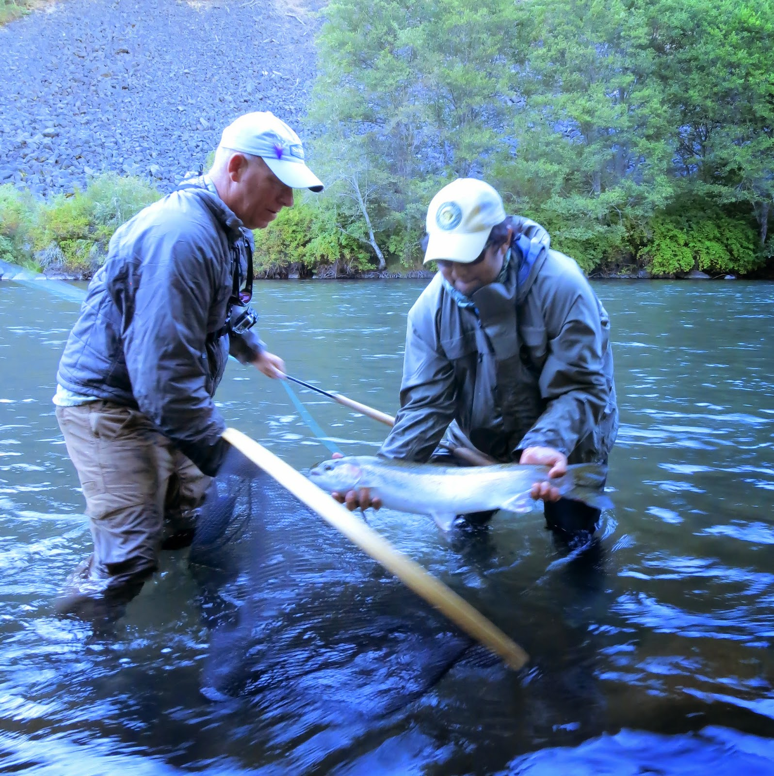 The evening hatch reports klickitat river report 9 4 14 for Klickitat river fishing report